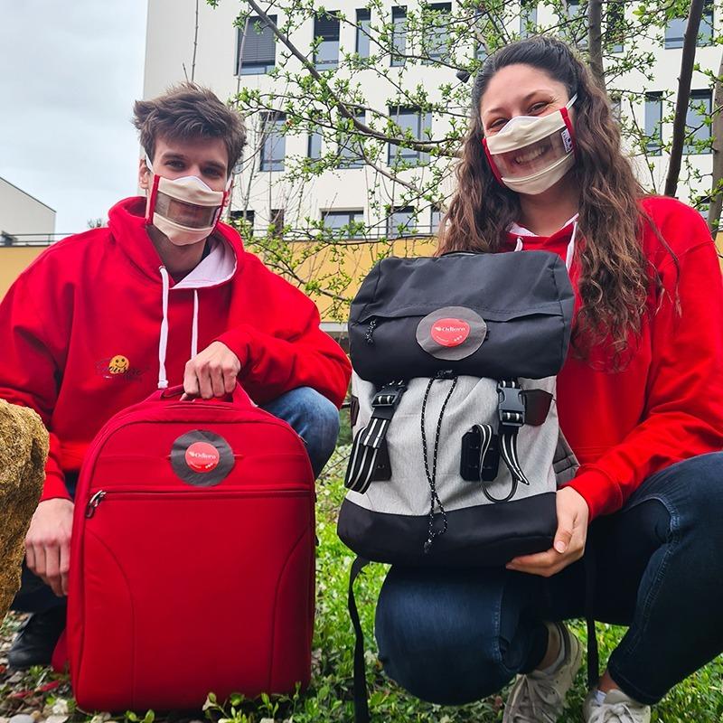 Nos Masques Sourire® rouges sont à l'honneur dans Pékin Express sur M6