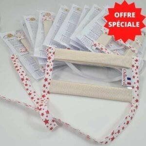 Offre spéciale sur le pack de 10 Masques Transparents Sourire avec motifs étoiles rouges sur fond blanc