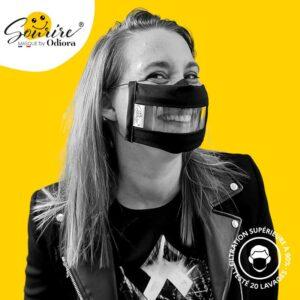 Découvrez le masque transparent le plus respirant du marché ! le masque Sourire conforme aux recommandation de l'Etat uns1 avec 90% de filtration, ultra respirant et toujours anti buée. Facilitez la lecture labiale et les interactions sociales avec le sourire !